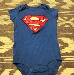 NWOT Superman onesie bodysuit - 18m